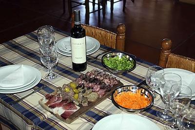 Curso de Servicios Gastronómicos SENA